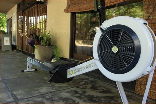 スポーツ合宿の方にご利用いただけるよう、エルゴメーターを設置しました。トレーニングにお役立て下さい。